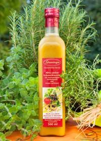 Frühjahr/SommerAlles Lecker - Kräuterdressingmit hochwertigem Kürbiskernöl und Ursalz verfeinert. Passt einfach zu allen Blattsalaten. Unser Tipp: Mit Schafskäse und Körnern runden Sie den Gourmetsalat ab. -Saisonal erhältlich-