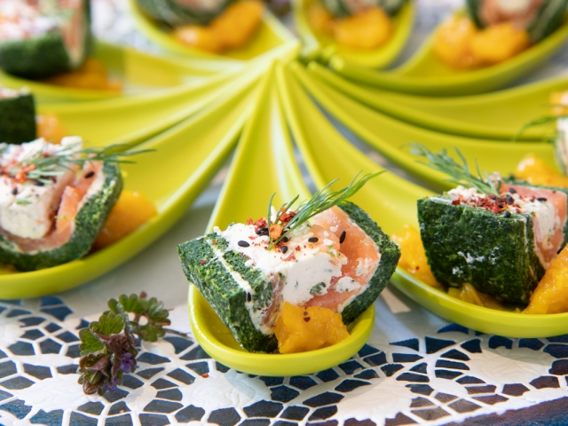 Lachs-Spinatrolle